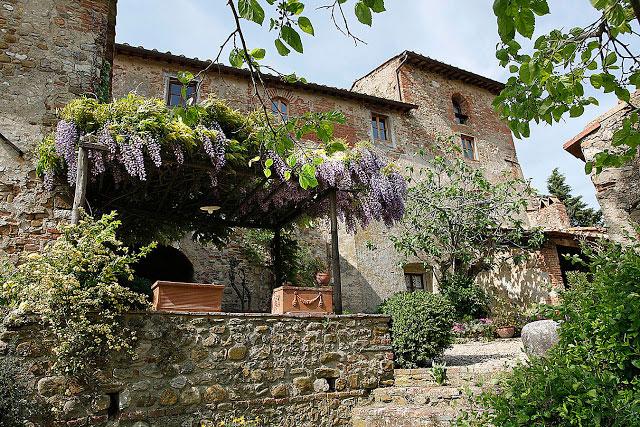Corzano E Paterno Guest Houses